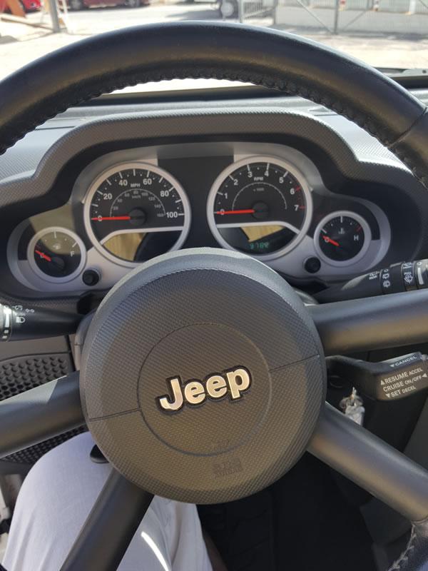 miet ein jeep wrangler cabrio automatik auf kreta unsere fahrzeugmodelle autovermietung auf. Black Bedroom Furniture Sets. Home Design Ideas